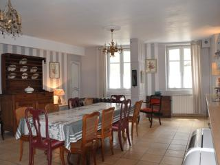 Nice Gite with Internet Access and Cleaning Service - Felletin vacation rentals