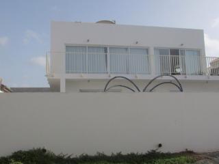 Perfect 2 bedroom Mindelo Villa with Internet Access - Mindelo vacation rentals