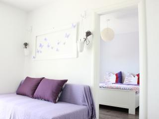 LAVENDER A4+1 - Bol vacation rentals
