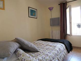 Perfect Studio with Internet Access and Balcony - Montblanc vacation rentals