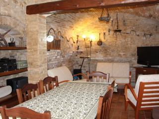 Apt Bellosguardo in Medieval Burg.Cupra Marittima - Cupra Marittima vacation rentals