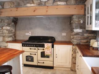 Cozy 2 bedroom Killarney House with Internet Access - Killarney vacation rentals