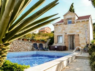 Villa Belvedere - Charming & Authentic Villa in the heart of Supetar - Supetar vacation rentals
