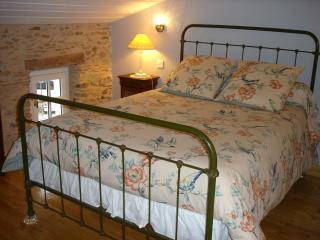 2 bedroom Guest house with Internet Access in Dourgne - Dourgne vacation rentals