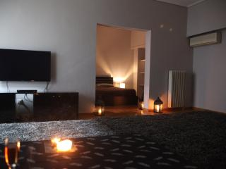 A Luxury 2-Bedroom Apt in Athens - Kallithea vacation rentals