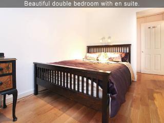 Fantastic Fulham Experience-2BR 2BT Apt - London vacation rentals