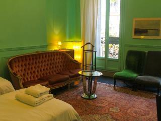 Chambre Twin avec possibilité de rajouter un lit - Marseille vacation rentals