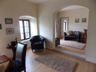 3 bedroom Apartment with Internet Access in Prcanj - Prcanj vacation rentals