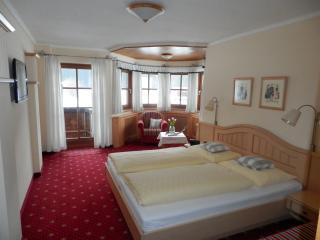 Haus Elfi - Appartements und Zimmer mit Frühstück - Faistenau vacation rentals