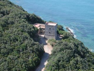 CHARMING VILLA, SEAFRONT WITH PRIVATE BEACH ACCES - Talamone vacation rentals