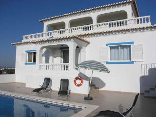 Casa Laurindo - Tranquil 3 bed villa with pool - Carvoeiro vacation rentals