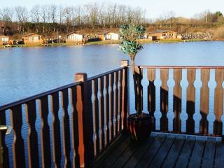 Bright 4 bedroom Lodge in Carnforth - Carnforth vacation rentals