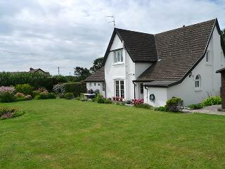Spacious 4 bedroom House in Lydstep - Lydstep vacation rentals