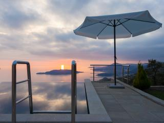 Villa with a stunning view Budva - Przno vacation rentals