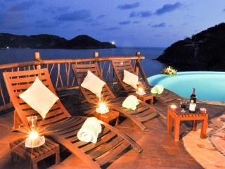 A Sublime Vacation Awaits You! - Ixtapa/Zihuatanejo vacation rentals