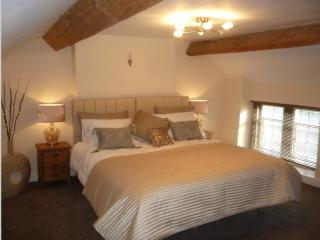 Peak District 18th Century Grade ll Listed Cottage - Cromford vacation rentals