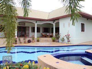 Villas for rent in Hua Hin: V6166 - Hua Hin vacation rentals