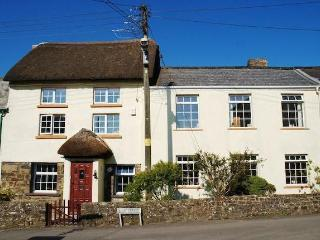 Perfect 5 bedroom Umberleigh Cottage with Internet Access - Umberleigh vacation rentals