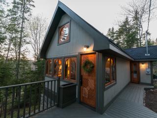 Upper Garden Nature Retreat - Couples Cabin - Powassan vacation rentals