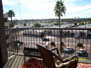 Beautiful Private Condo -1 Bd -1 B / Sleeps- 4 - Mesa vacation rentals