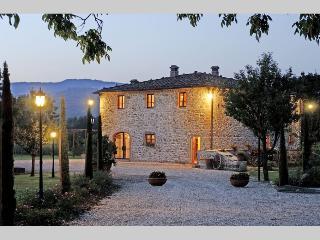 865b0966-1c5e-11e2-9ce2-001ec9b41c06 - Montevarchi vacation rentals