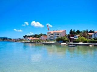 3 bedroom Penthouse with Internet Access in Island Ugljan - Island Ugljan vacation rentals