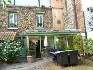 Nice 3 bedroom Bed and Breakfast in Saint Ouen - Saint Ouen vacation rentals