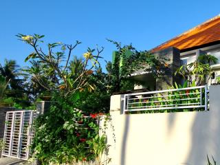Perfect Hideaway Close to Keramas Surfing Beach - Gianyar vacation rentals