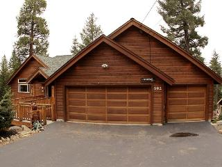 Family Friendly 5 BR Lakview w/ Hot Tub & Pool Table! $150 OFF 2 nts in MARCH - Truckee vacation rentals