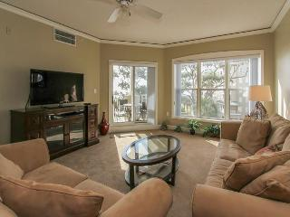 6304 Hampton Place-Beautiful Oceanfront Villa! 4/11-18 week now available - Hilton Head vacation rentals