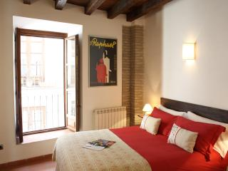 Charming & historic San José apt 1A in Albaicin - Granada vacation rentals