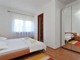 Comfortable 1 bedroom Bed and Breakfast in Sukosan - Sukosan vacation rentals