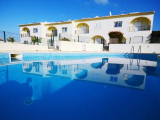 Beautiful townhouse,private terrace,2 shared pools - Albufeira vacation rentals