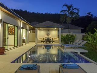 New Ruby villa short walk from the beach - Kata vacation rentals