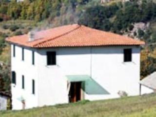 Villa Wanda - Tereglio vacation rentals