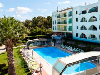 Apartment with Pool in Salgados Beach, Albufeira - Albufeira vacation rentals