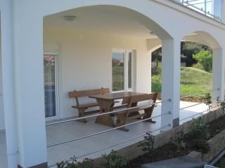 Apartman LILE - Petrcane vacation rentals