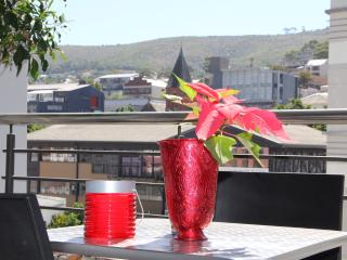 Modern luxury 2 Bed in city centre great location - Cape Town vacation rentals