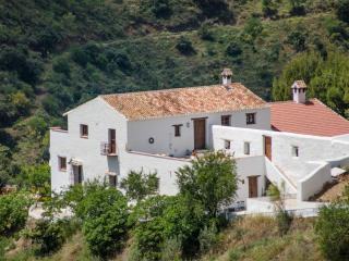 Cortijo Juan Salvador El Almendro - Olias vacation rentals