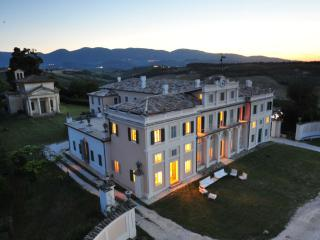 VILLA NOBLESSE for large groups and special events - Spoleto vacation rentals