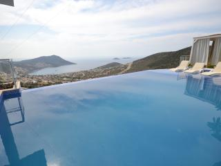 Seculed Villa Eyes of Kalkan(FREE CAR OR TRANSFER) - Kalkan vacation rentals