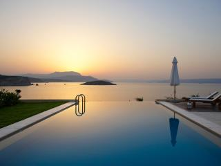 SK Place Anemos seafront infinityheated pool Crete - Almyrida vacation rentals
