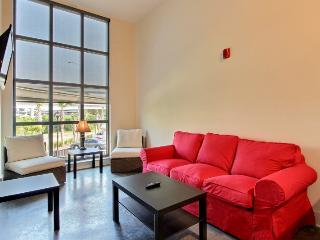 Downtown Luxury 2 BR / 1 BA Condo - 03 - Charleston vacation rentals