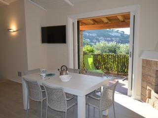 Charming 3 bedroom Villa in Porto Santo Stefano with A/C - Porto Santo Stefano vacation rentals