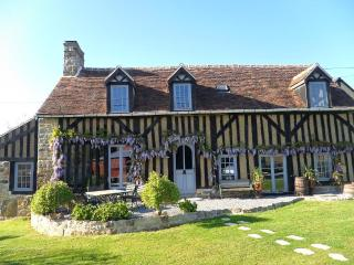 Normandy Traditional Timber-Framed Farmhouse - Ancinnes vacation rentals
