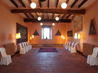 Castle for Rent Near Costa Brava in Spain - Castillo Catalunia - Sant Mori vacation rentals