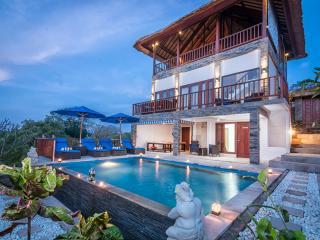 Villa Keluarga - Nusa Lembongan vacation rentals