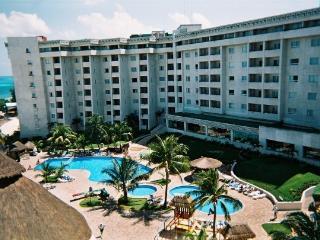 IMPERIAL FIESTA CLUB AT CASA MAYA RESORT - Cancun vacation rentals