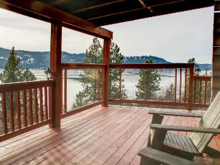 Sunset Pines Secluded Log Cabin With Hot Tub - Harrison vacation rentals