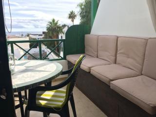 Romantic Condo in Puerto Del Carmen with Internet Access, sleeps 3 - Puerto Del Carmen vacation rentals